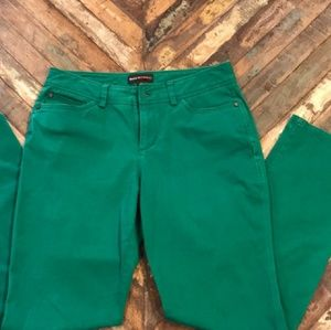 DANA BUCHMAN Kelly Green Stretch Pants Sz 6